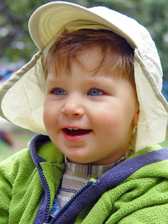 child-enlarged-photoshop-elements