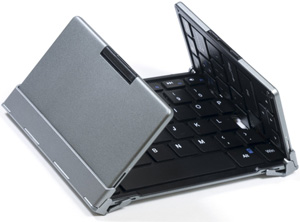 plugable-full-size-bluetooth-folding-keyboard-folded